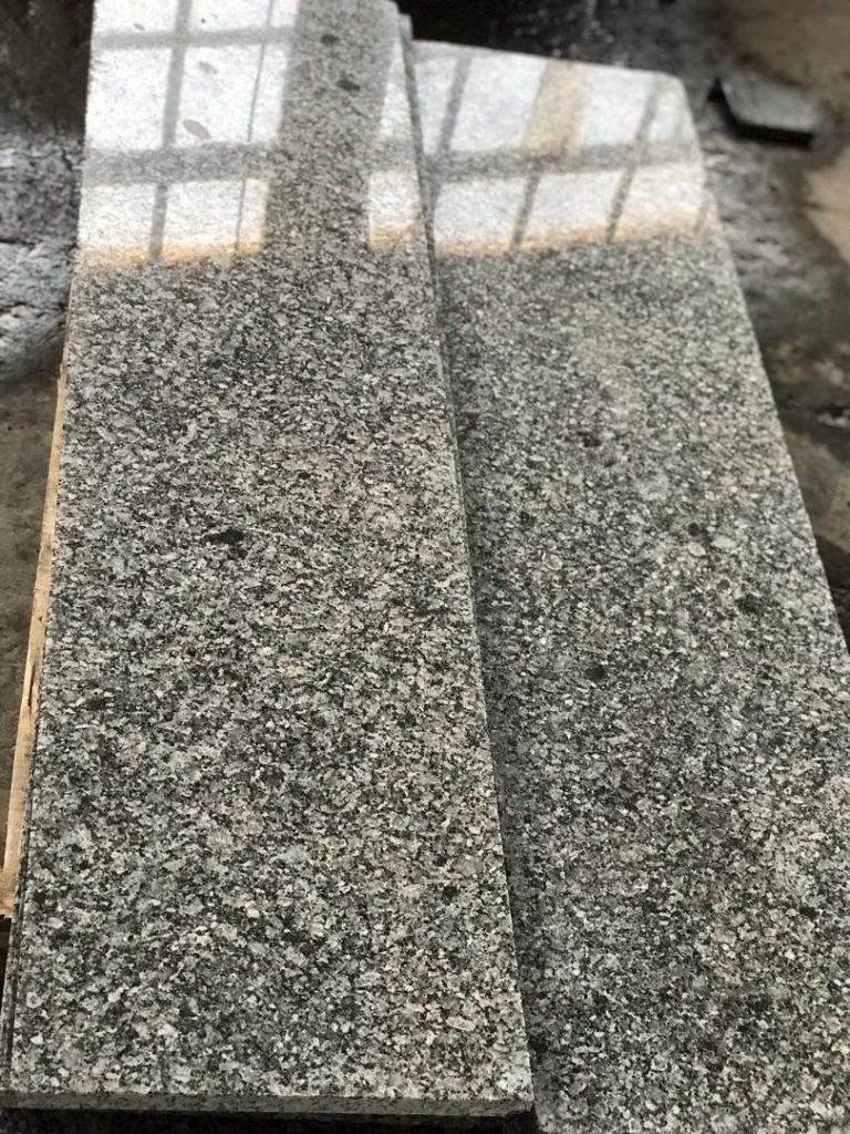 سنگ اصفهان